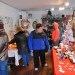 Bottlebrush Vintage Christmas Shop